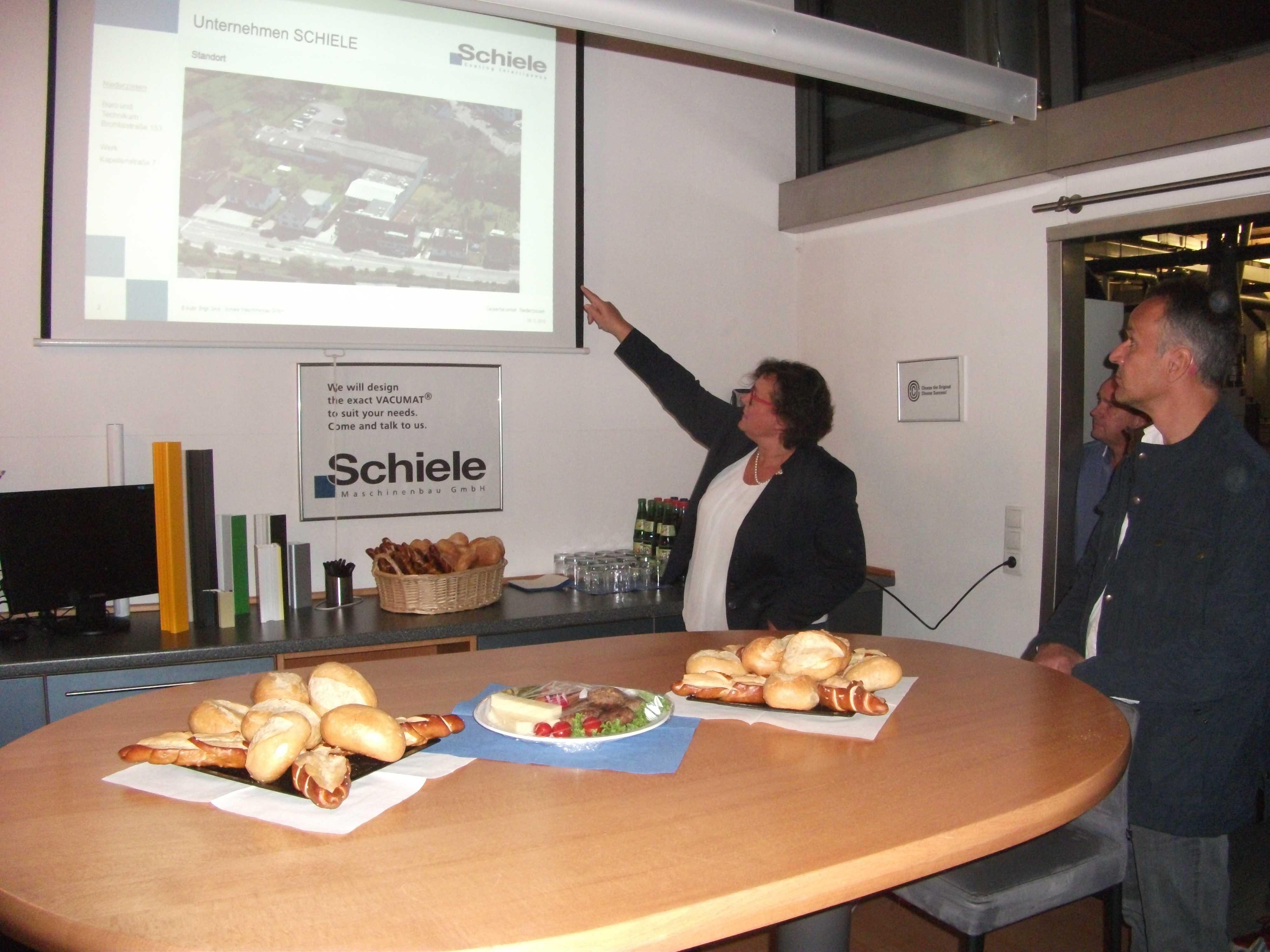 Gewerbeverein Niederzissen zu Gast bei Schiele Maschinenbau GmbH